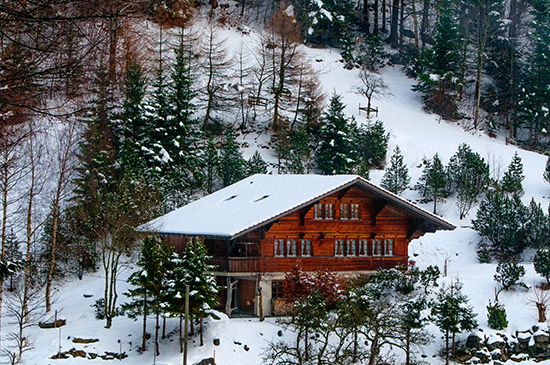 Snow-Getaway-Cabin-Holiday