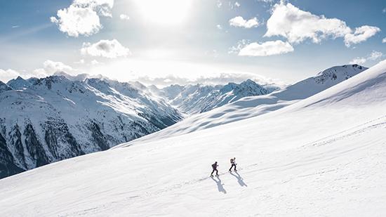 snow-ski-holidau-adventure